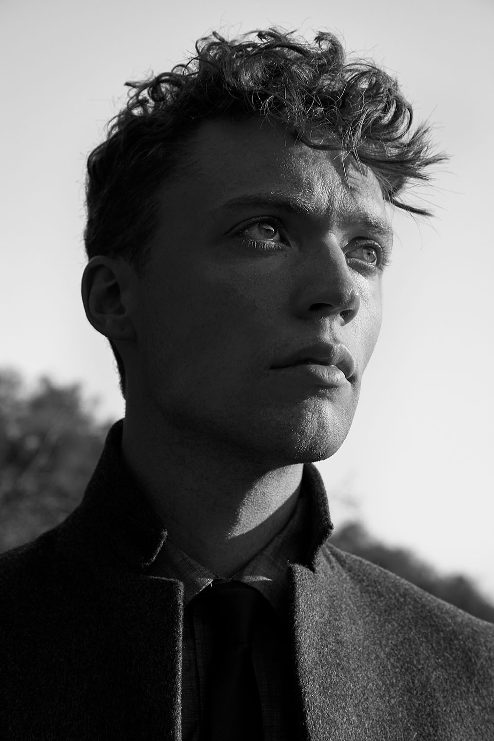 male fashion portrait by fashion and portrait photographer Robert Wilde, Los Angeles and New York